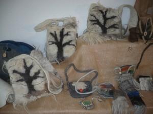 Baumtaschen aus Steinschaf und Waldschafwolle